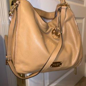 Michael Kors Handbag 🌻